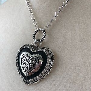 Jewelry - Western style Heart Necklace
